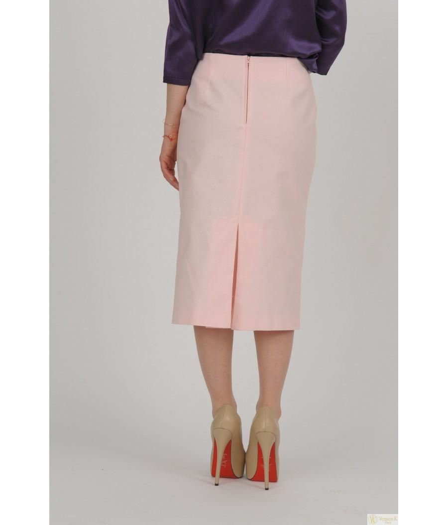 La jupe droite, classe ou décontractée